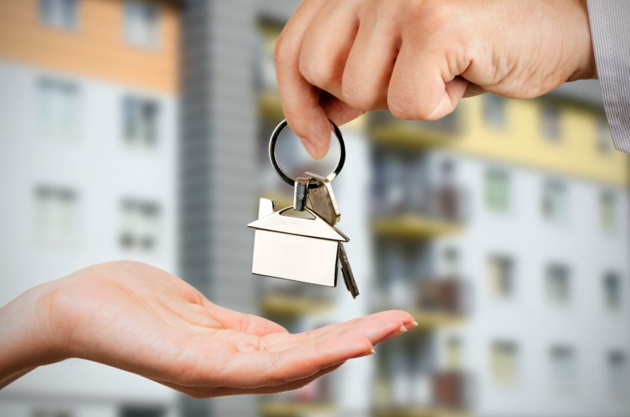 Hire a buyer's agent in Barcelona